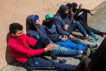 """المهاجرون القاصرون """"مستعدون لأي شيء"""" للوصول إلى أوروبا"""