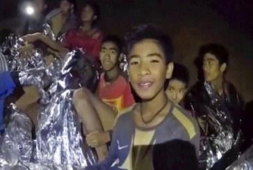 منتجو هوليوود يقترحون فيلماً سينمائياً لواقع الفتية العالقين في الكهف
