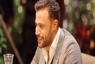 محمد عادل إمام يعقد قرانه في سرية بفتاة من خارج الوسط الفني
