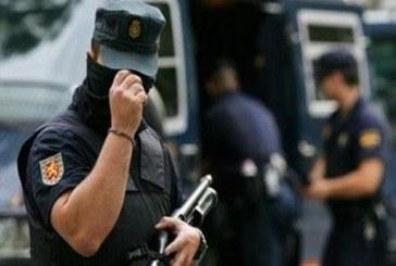مغربي يقتل زوجته ويلقي بها أمام باب مستشفى بغرناطة