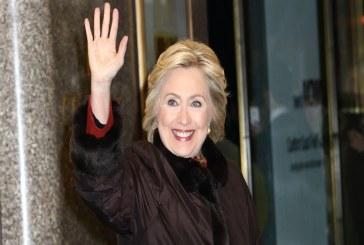 هيلاري تحول كفاح المرأة للحصول على حق التصويت إلى عمل تلفزيوني