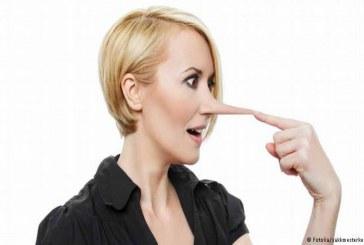اكتشف الكذاب.. علامات توضح أن محدثك يكذب عليك
