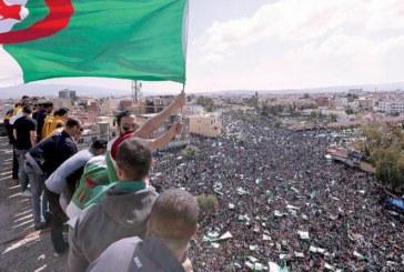 الجزائر : حراك الجزائر ينقلب على قائد الجيش