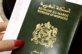 عائلة مغربية في إيطاليا تحرق جوازات سفرها والأمر يثير سخطاً في المغرب