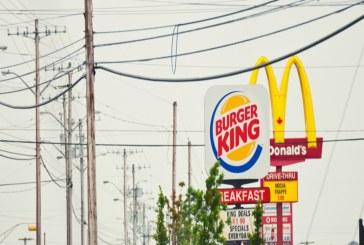 السبب وراء استخدام اللون الأصفر الفاقع في شعارات أغلب مطاعم الوجبات السريعة