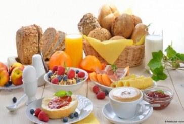 ما تحتاج معرفته عن فيتامين ب 12 وفوائده على صحة الإنسان