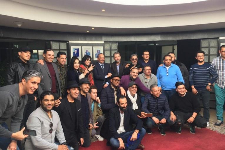 نجوم الفن المغربي يدافعون عن حقوق المؤلف في لقاء مع وزير الثقافة و الاتصال