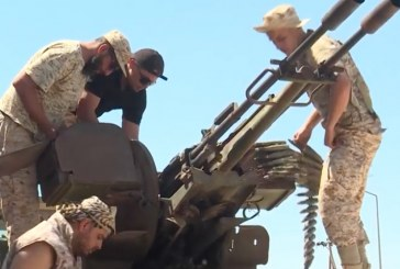ليبيا : تواصل المعارك للسيطرة على طرابلس وجماعة مسلحة تهاجم أكبر حقول النفط بالبلاد