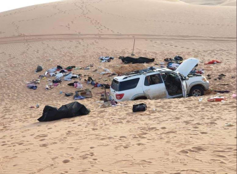 عائلة سودانية تعلق بصحراء ليبيا حتى الموت.. وصية مؤثرة من أحد أفرادها تطلب فيها السماح